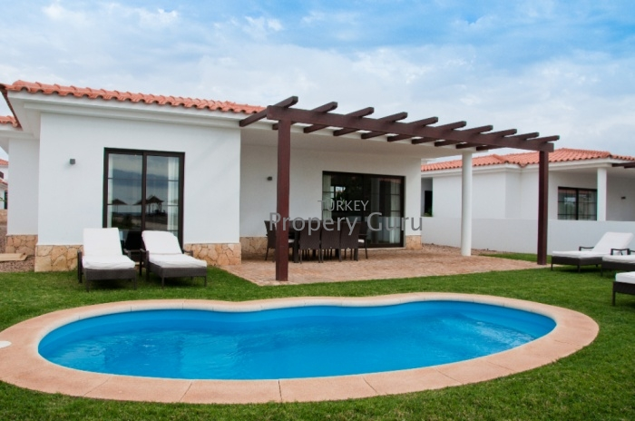 4 BED VILLA FOR SALE TORTUGA BEACH RESORT